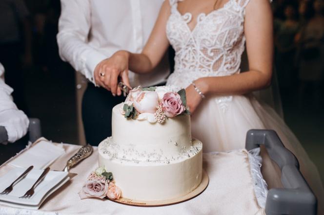 مراسم برش کیک عروسی -2